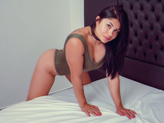 modelName Latina Teen Webcam Model