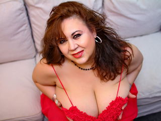 Webcam model BustyViolet from Web Night Cam