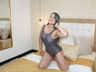 AmaiaRussell Adults Only!-hello guys I m very