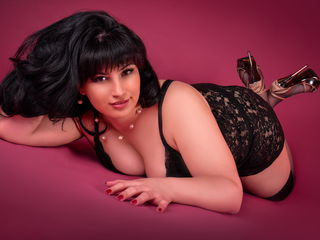Webcam model aOneTrueWomanXXX from Web Night Cam
