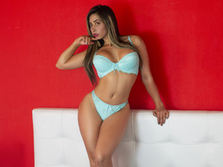 Webcam model ZairaShamms from Web Night Cam