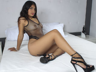AngeliqueColt Adults Only!-A curvy latin girl