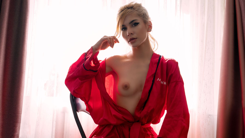 Watch the sexy ApriliciousX from LiveJasmin at GirlsOfJasmin