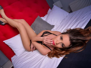 RoxyFoxylicious Adults Only!-I am a hot girl that