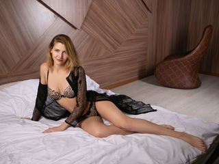 AriadnaPlatinum Adults Only!-I am a very kind and