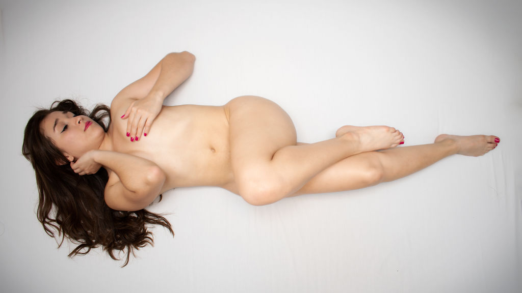 Watch the sexy LeelaMoon from LiveJasmin at GirlsOfJasmin