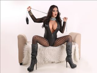 QueenOfCumsYhna Live Jasmin- you want to see my