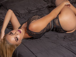 AbrilMoore LiveJasmin-I am a very sociable