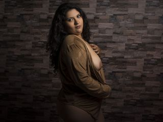 AmandaKitt Adults Only!-Hi guys!! My name is