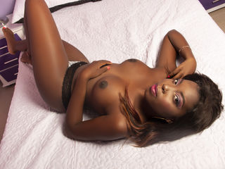 Webcam model AliciaChavez from Web Night Cam