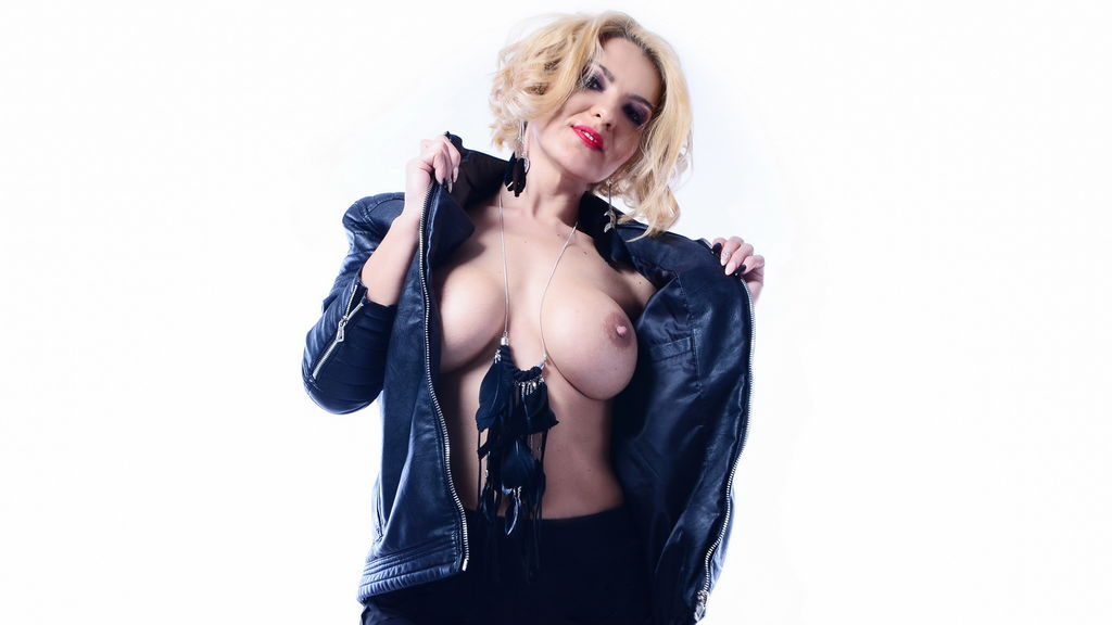 Watch the sexy Nicole2sexy from LiveJasmin at GirlsOfJasmin