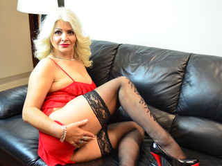 VIVO.webcam LuxuriousMILF (49) MILF with normal breasts