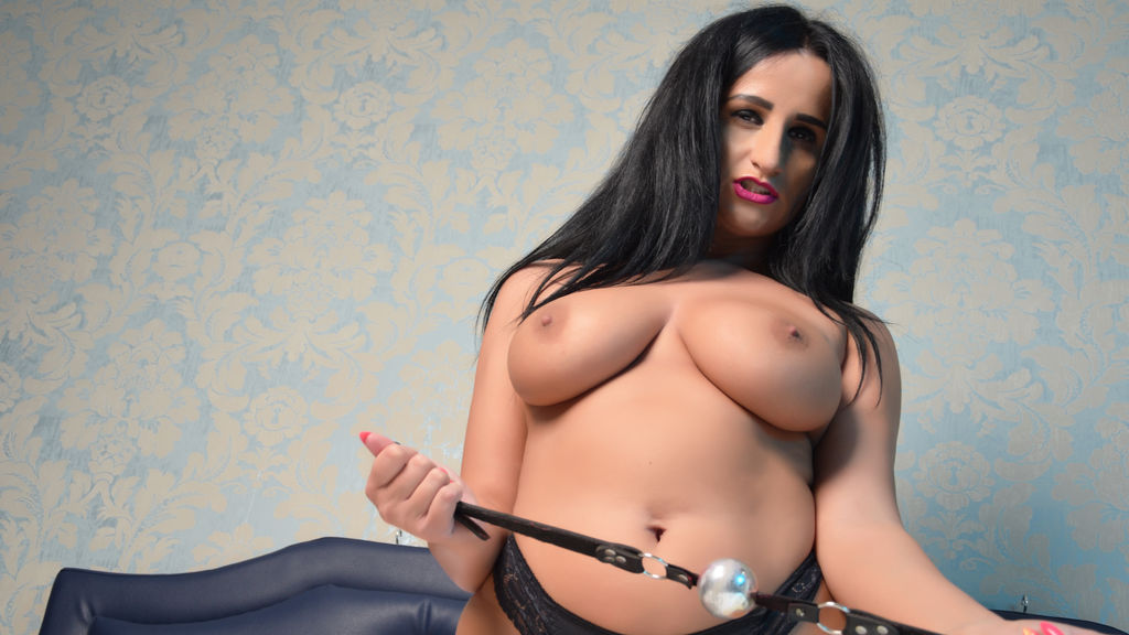 Watch the sexy MedeeaSwitch from LiveJasmin at GirlsOfJasmin